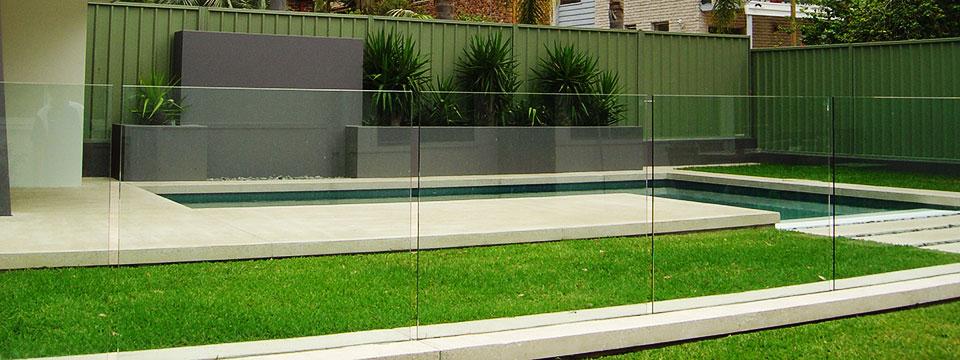 Pool surround